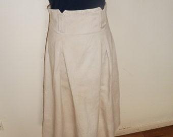High waist cream skirt