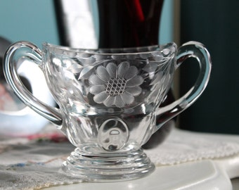 New Martinsville Moondrops Sugar Bowl with Hughes Corn  Flower Cut
