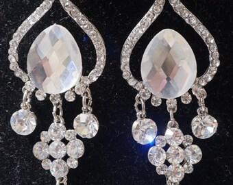 Exquisite Rhinestone Bride Earrings
