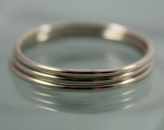 Set of 3 14k SOLID White Gold Thin Round Simple Stacking Band Ring  Shiny Finish Eco-Friendly Recycled Gold