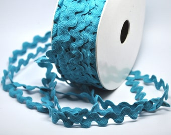9 yards turquoise ric rac - 1/2 inch - trim - party favor - papercraft - sewing - packaging