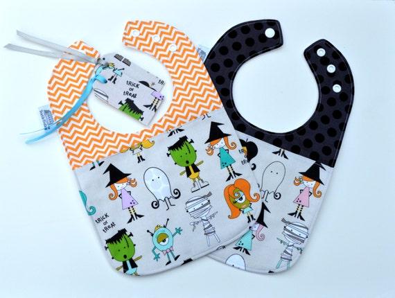 Baby Bib / Halloween Bib and Gift Tag / Haloween Baby / Monsters / Fun Baby Gift / Baby Shower Gift