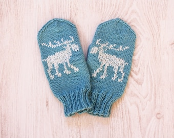 Moose mittens, hand knitted women mittens, Deer mittens, Woolen warm knit gloves, ready to ship M size