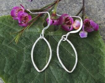 sterling silver earring, sterling silver teardrop earring,leaf shapes, silver earring, dangle,ear, piercing, chandelier, sterling silver