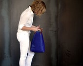 Inez Magazine Tote - Blue Leather