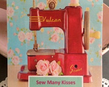 "TEA FAVOR Handmade ""Sew Many Kisses"" Shower Wedding or High Tea Favours Retro Vintage Sewing Machine- Including Tea Bag"