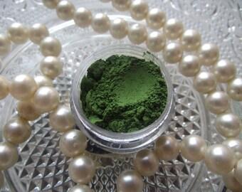 Moss - Pop Green Matte Eyeshadow