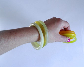 Yellow Resin organic bracelet