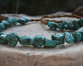 Vintage Nepalese howlite necklace