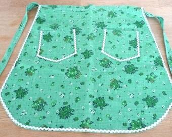 Vintage Christmas Apron - Scandinavian Swedish Green Flowers Handmade Half Apron