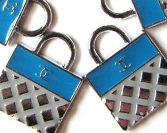 Set of 5 SILVER and BLUE PURSE Charm Pendants ((a-25)