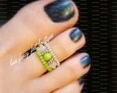 Stacking Toe Ring - Apple Green - White Jade Crystal - Stretch Bead Toe Ring