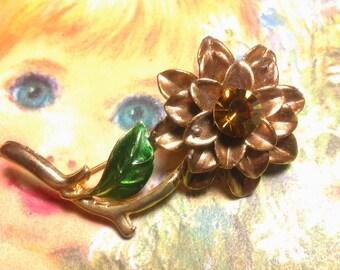 enamel flower vintage costume jewelry brooch pin