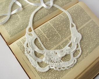 Crocheted necklace White crochet freeform jewelry Neckpiece Statement necklace