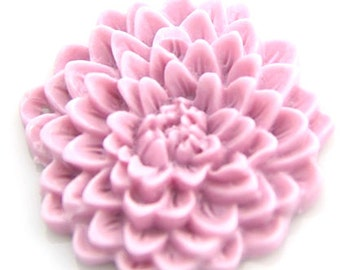 12 pcs of resin chrysanthemum flower 33mm -0481-6-lilac