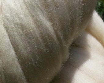 SALE!  1lb (or MORE!) White Wool Top Roving Fiber Spinning, Felting Crafts USA
