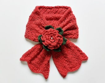 Knit / Flower Keyhole Scarf