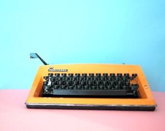 RETRO ORANGE TYPEWRITER German Contessa De Luxe Adler Retro 60s 70s Coloured Type Writer Working Triumph