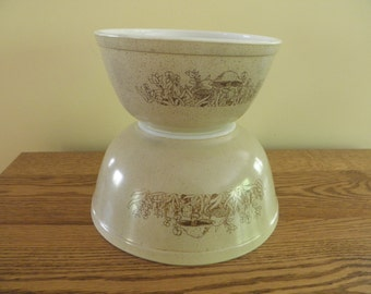 Pyrex Forest Fancies Mixing Bowls