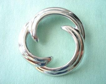 Vintage Napier Round Silver Tone Brooch