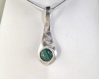 Fine Silver Pendant with Malachite