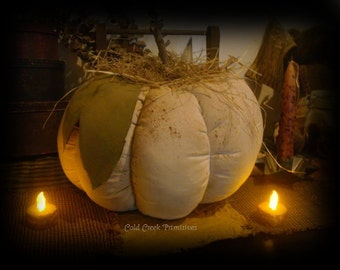 "Primitive Large Pumpkin 11"" x 8"""