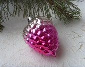Rare Soviet Vintage Pink Grapes Christmas Ornament, Made of Glass in USSR in 1970s. - Astra9