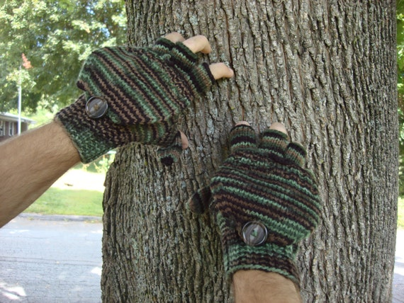 mens camouflage convertible gloves, flip top mittens, size medium/large, ready to ship, great gift for the outdoorsman