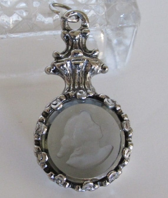 vintage cameo pendant price reduction