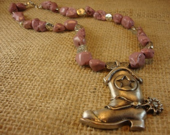 RF272 19 in pink stone necklace with pewter boot