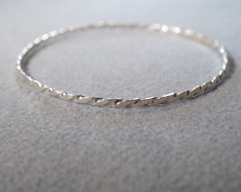 Vintage Sterling Silver Braided Twisted Design Eternity Style Bangle Bracelet