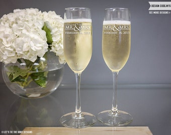 Personalized Wedding Toasting Flutes - (Set of TWO) Custom Engraved Vina Champagne Flutes - Personalized Wedding Gift - Bridal Shower Gift