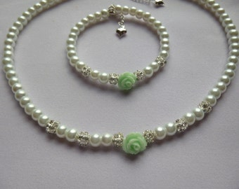 Pearl Flower Girl Necklace & Bracelet Set,  Pearl Flower Girl Necklace, Pearl Flower Girl Bracelet, Flower Girl Jewelry, Childrens Jewelry