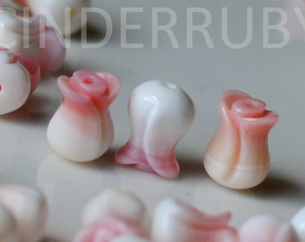 Queen Conch Shell Tulips,Natural Pink MOP Flower Beads,Blush Pink Mother of Pearl Tulip Flowers,5x8 mm,Hand Carved Tulips,Full Drilled