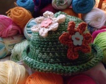 little  girls crochet hats made with acrylic yarn
