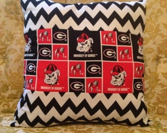 Chevron UGA Pillow