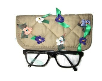 Mother's Day Gift, Beige eyeglass case, Reading glasses case, Eyeglasses case