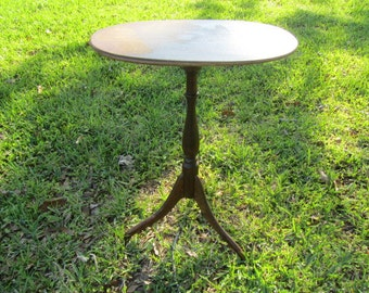 Vintage Side Table,wood table, End Table, Table, Furniture, Cushman Product Vermont,collectible