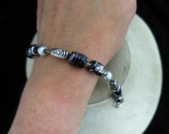 Vintage Silver & Black Glass beaded Toggle Bracelet