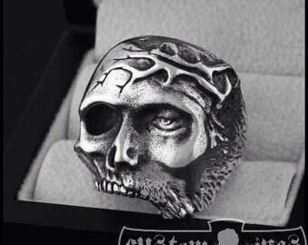 Jesus Memento Mori Skull Ring