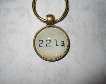 221B Sherlock keychain - 221B Baker St., Sherlock Holmes, John Watson, key ring, key chain, consulting detective, British, cult, book, tv