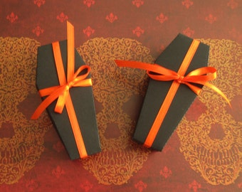Halloween Coffin Treat Boxes - Coffin Favor Box Halloween - Unassembled Coffin Boxes with Lids - Treat Boxes - set of 5