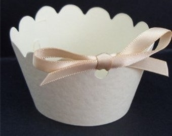 25 cupcake wrappers with ribbon