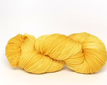 Pineapple - Luxury Fingering Weight - Merino, Cashmere & Nylon - 100 g - 425 yds