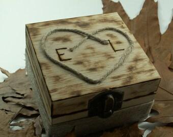 Ring Box, Ring Pillow, Ring Bearer in Rustic, Wooden Box, Rustic Burlap  Style.