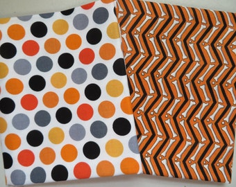 Halloween 2 pack of Fat Quarters dots and chevron
