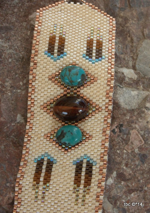 Peyote Beaded Bracelet - Turquoise Stone  - Southwestern Beaded Bracelet - Southwest Cuff - One of a Kind