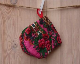 Oven Mitt, Ukrainian/Russian scarf floral ornaments,  Floral oven mitt, Potholder, Pink, Floral pattern