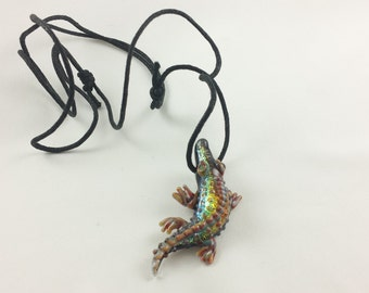 Alligator - Glass Necklace