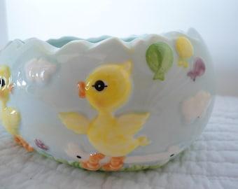 Vintage Lefton Ceramic Easter Egg Bowl with Ducks